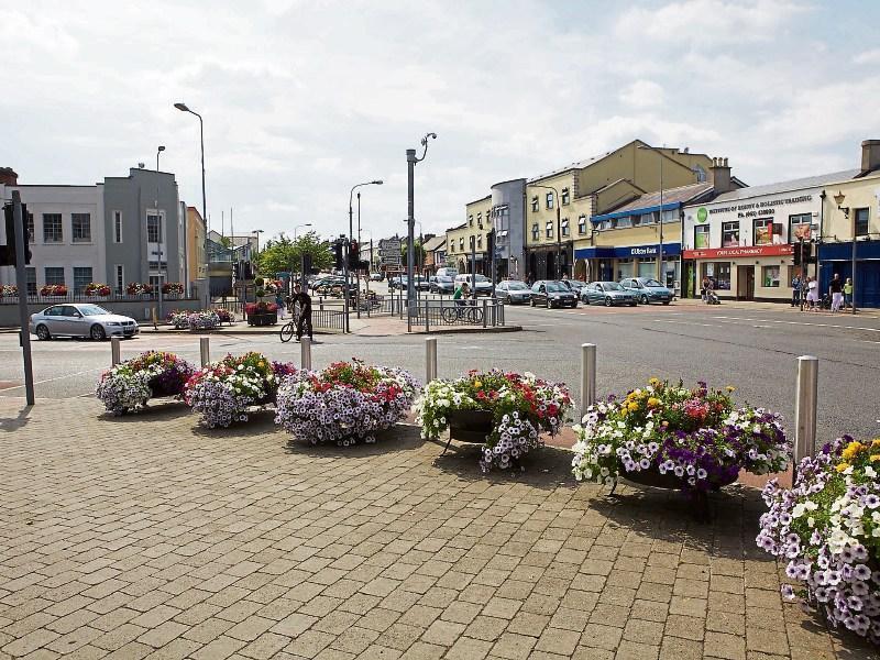 Date With Girls in Newbridge (Ireland) - uselesspenguin.co.uk