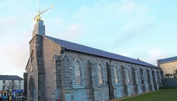 Call for Newbridge Town Hall to be re-opened for local community use