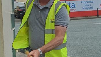 Naas councillor removed dead rat from outside coffee shop