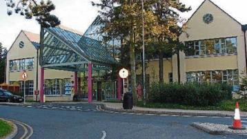 13 patients on trolleys at Naas Hospital