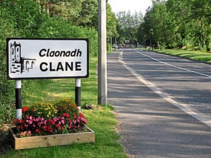 Woman, 80s, tragically dies after being struck by lorry in Clane