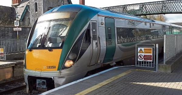 Galway to Clane - 3 ways to travel via train, bus, line 120 bus